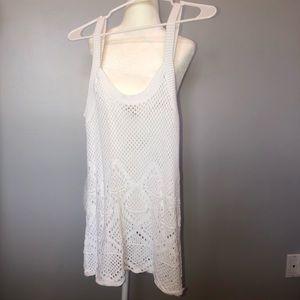 Bass white tank sweater type never worn